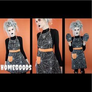 Spooky Housewife Spiderweb Halloween Apron Set